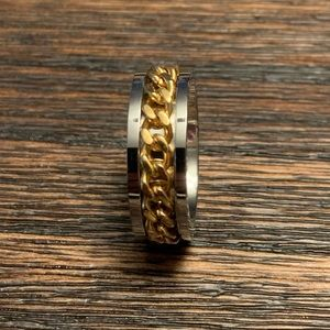 Brand new Gold Chain Ring Size 8.5